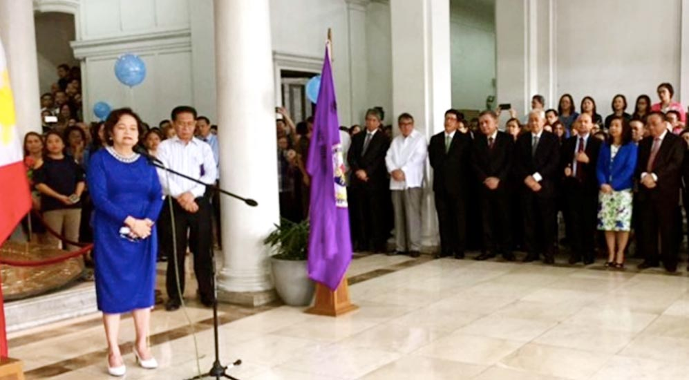 """Blue Monday"" welcomes Chief Justice De Castro"