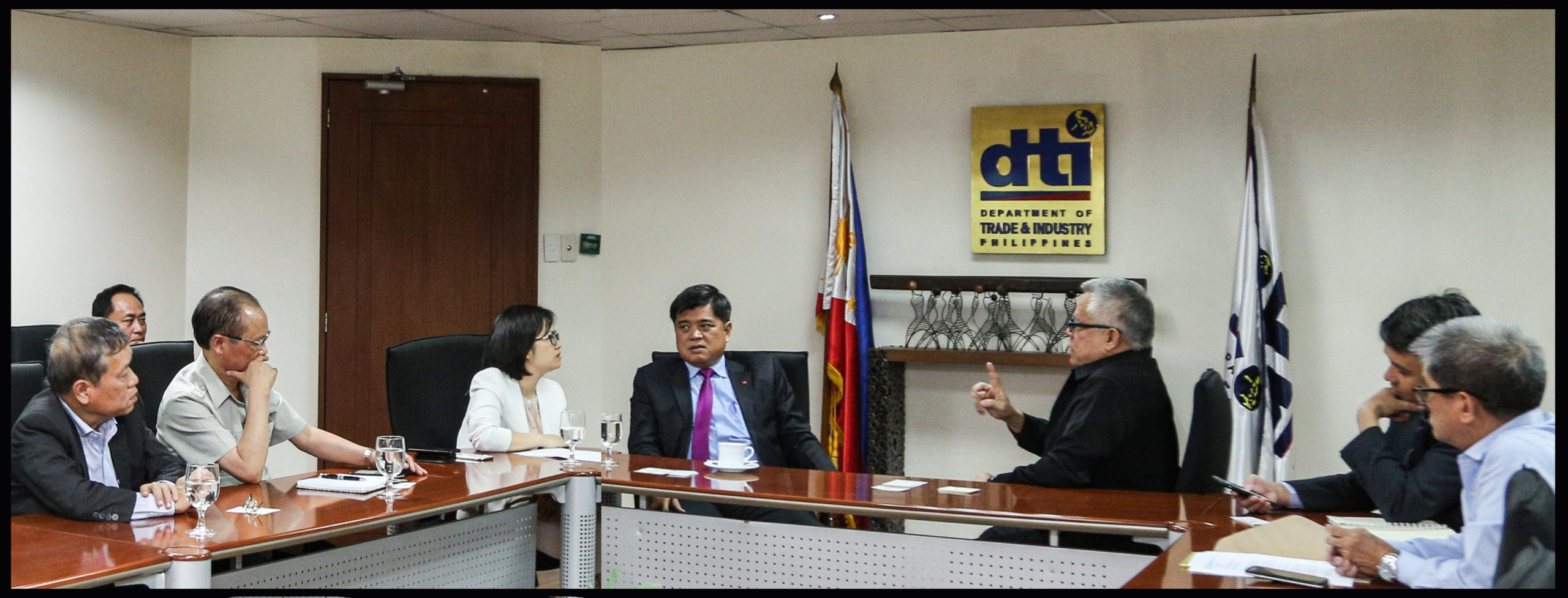 Philippines seeks greater market access of products to Vietnam