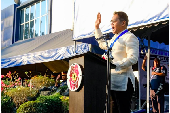 Heneral Luna actor, John Arcilla supports the Salute to a Clean Flag Movement