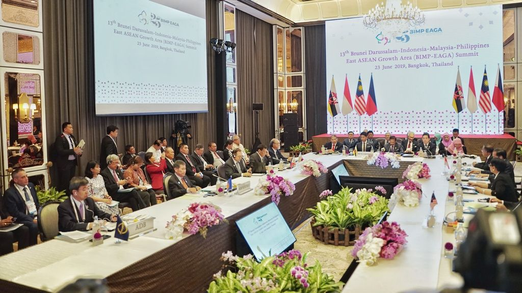 ADB reaffirms support for subregional cooperation at Southeast Asia Leaders' Summits
