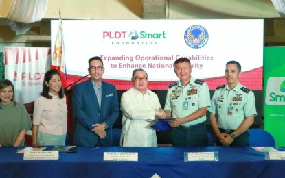 PLDT, Smart donate tower to PAF station in Ilocos Norte