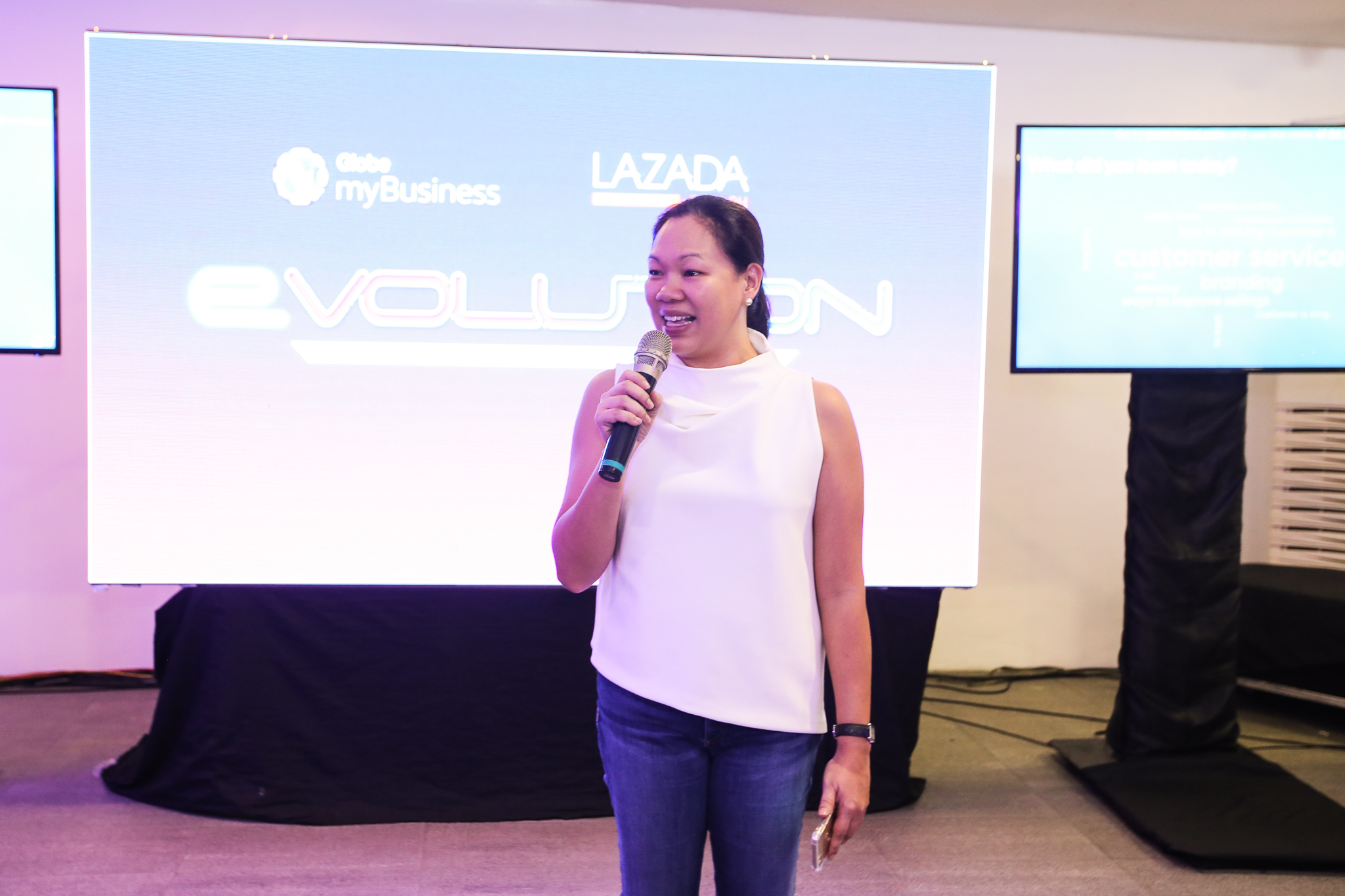Globe myBusiness Hosts eVolution e-Commerce Masterclass for Lazada's Top Sellers