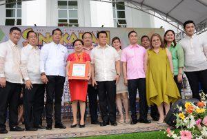 D'Fair: Exhibitors flood the 'Singkaban Expo' in Bulacan