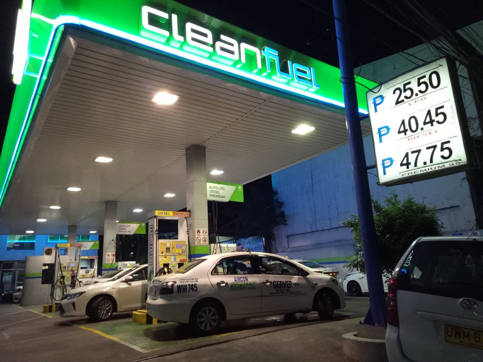 Cleanfuel cuts diesel price by P0.20/liter, gas by P0.10/l; other oil firms to follow