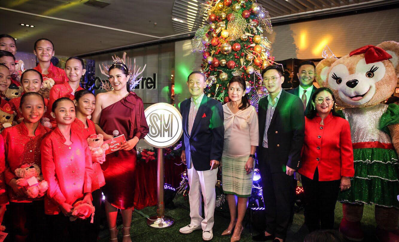 Light up the holiday season at SM Supermalls
