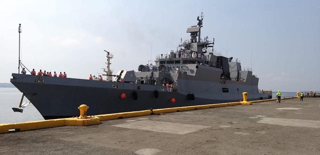 Indian naval ships visit Manila