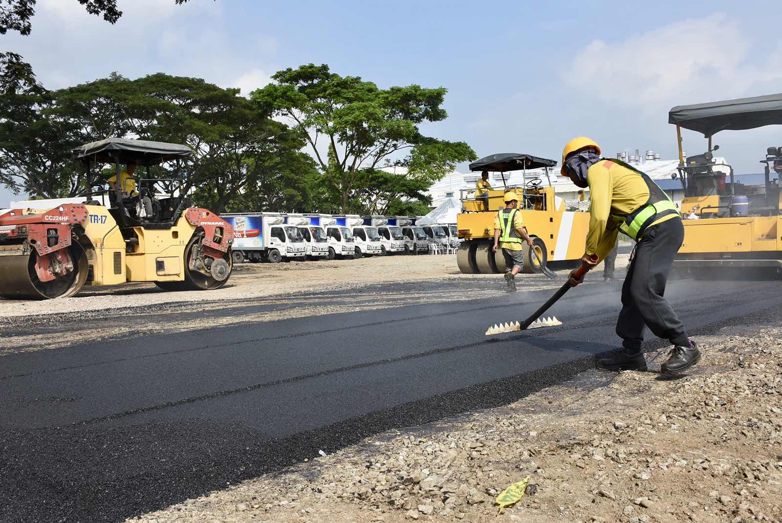 San Miguel rolls out PH's first recycled plastics road