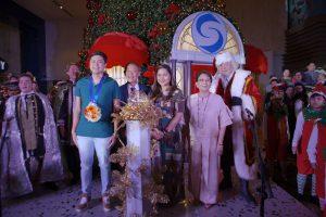 Shangri-La Plaza bedazzles guests as 58-foot Santa's workshop-inspired Christmas tree lit up