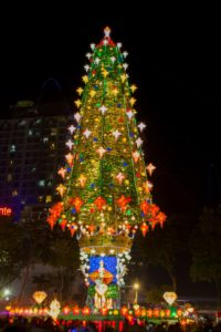 'Pasko sa Sugbo' giant Christmas tree in Cebu brings message of Unity and Generosity