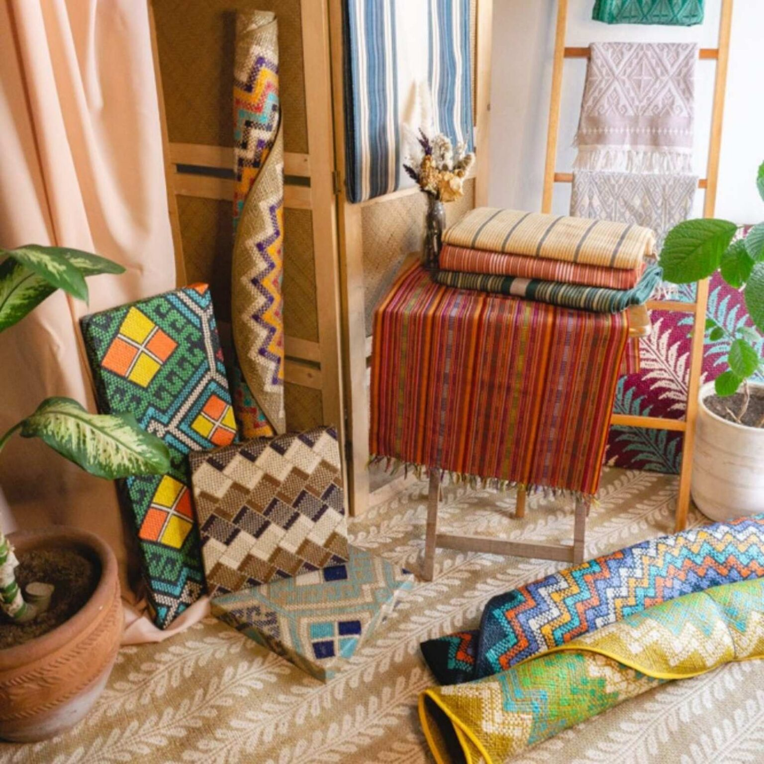 Likhang HABI Kalayaan Online Fair showcases the best and finest local weaves